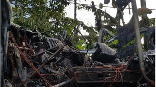 Xe container cháy rụi khi đang lưu thông trên đường