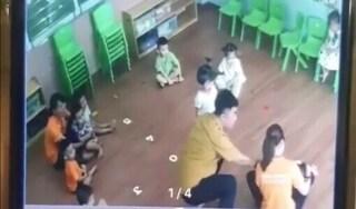 Vụ nam phụ huynh giật tóc, tát bé gái 2 tuổi: Xem xét kỷ luật giáo viên