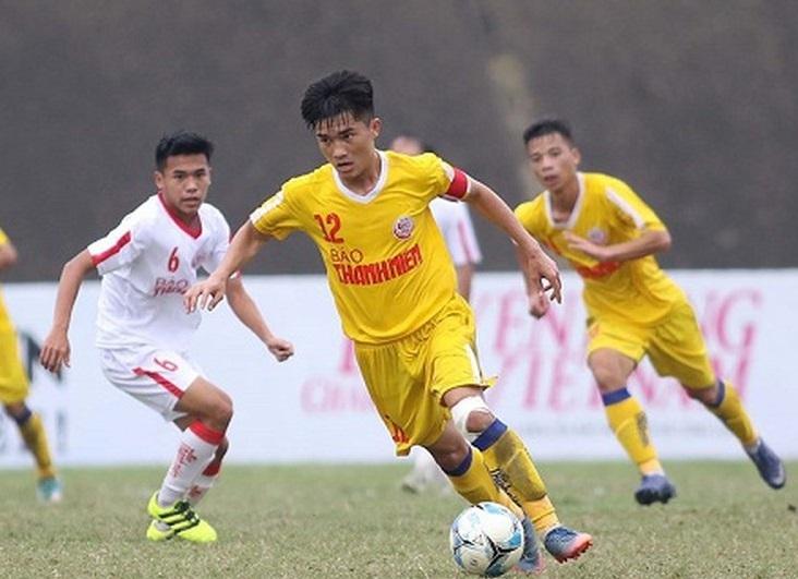Tiền vệ Đặng Văn Lắm chia tay V.League vì chấn thương