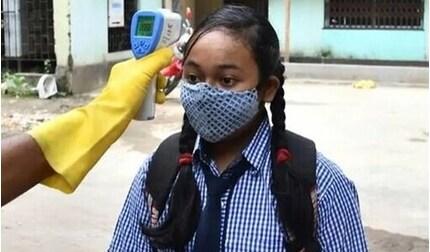 Tin tức thế giới 1/10: Ấn Độ mở lại trường học, rạp phim dù số ca Covid-19 vẫn tăng mạnh