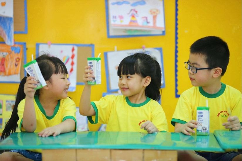 Vinamilk là thương hiệu mạnh nhất Việt Nam, thuộc top 1000 thương hiệu hàng đầu của châu Á. 4