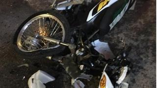 Tin tức tai nạn giao thông ngày 3/10: Va chạm với xe bán tải, 2 học sinh nguy kịch