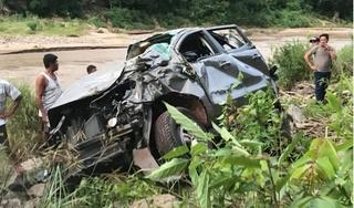 Tình hình sức khỏe của hiệu trưởng trong vụ ô tô lao xuống vực