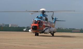 Dùng trực thăng đưa ngư dân bị đột quỵ trên biển về đất liền điều trị