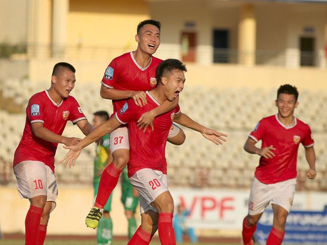 Chỉ số thống kê của SLNA và HL Hà Tĩnh ở lượt đi V.League