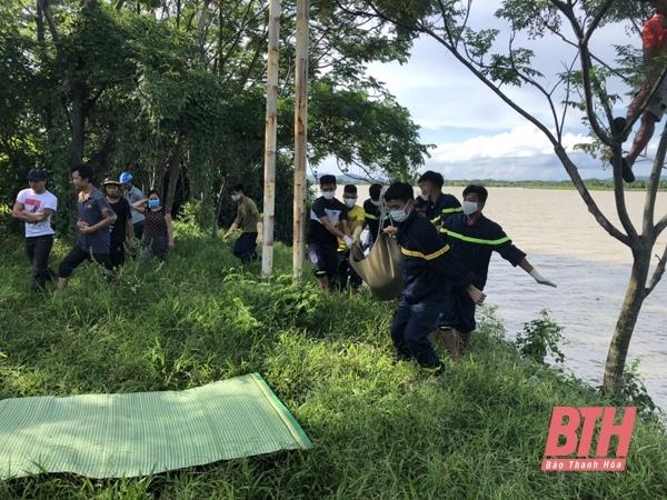 Phát hiện thi thể nữ giới nghi nhảy cầu ở Thanh Hóa