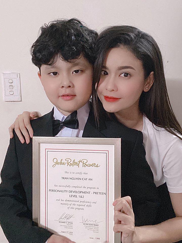 Trương Quỳnh Anh tiết lộ cách để vượt qua kiệt sức khi làm mẹ đơn thân