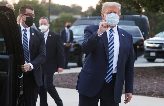 Tổng thống Trump đã rời bệnh viện, trở lại Nhà Trắng