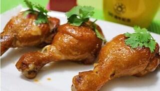 Mát trời làm ngay món đùi gà nhồi thịt chiên mềm ngọt, thơm vị phô mai
