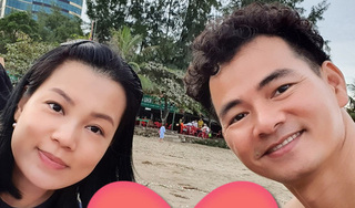 Vợ nghệ sĩ Xuân Bắc đăng ảnh tình tứ bên chồng và tiết lộ '20 năm vẫn thế'