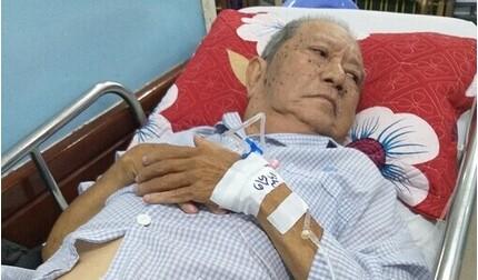 Bệnh xương khớp trở nặng, nghệ sĩ Mạc Can nhập viện cấp cứu