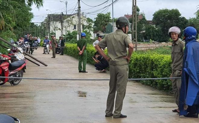 Nghi án con trai sát hại mẹ rồi tự đâm bụng mình ở Nghệ An