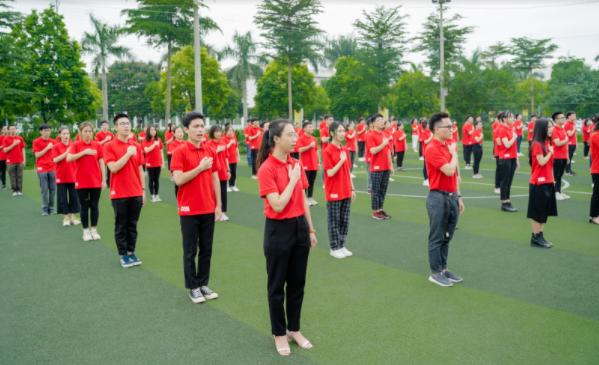 Tuyển sinh 2020: Nhiều sinh viên thành tích khủng chọn trường Quốc tế
