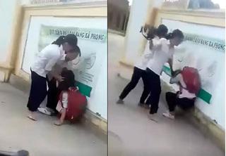 Kỷ luật 4 nữ sinh đánh hội đồng bạn, quay clip đưa lên mạng
