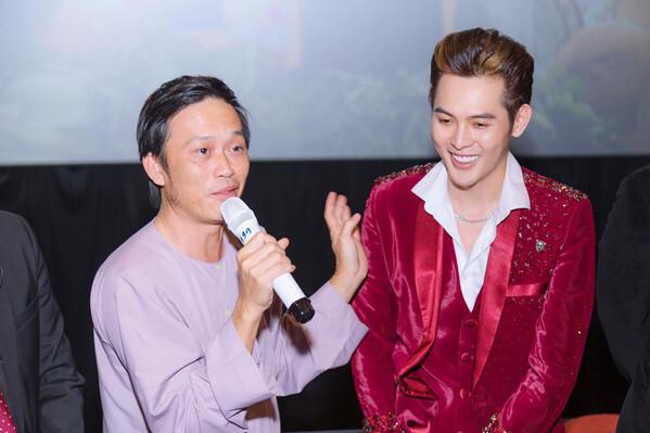 Hoài Linh sẵn sàng học múa mâm để hỗ trợ nghệ sĩ trẻ