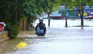 Mực nước sông Bồ tại Huế vượt đỉnh lũ năm 1999, ngập lụt còn kéo dài