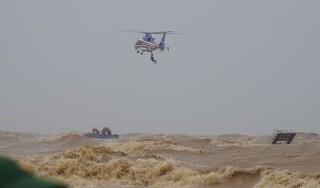 Cứu hộ thành công 8 người trên tàu Vietship 01 mắc cạn ngoài biển