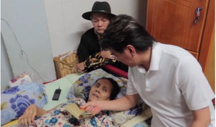 Nằm liệt giường và sắp bị đuổi khỏi nhà, nghệ sĩ Hoàng Lan được Đàm Vĩnh Hưng - Vũ Hà đến tặng tiền