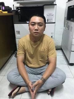 Bắt kẻ chạy xe SH đi cướp giật tài sản ở Sài Gòn