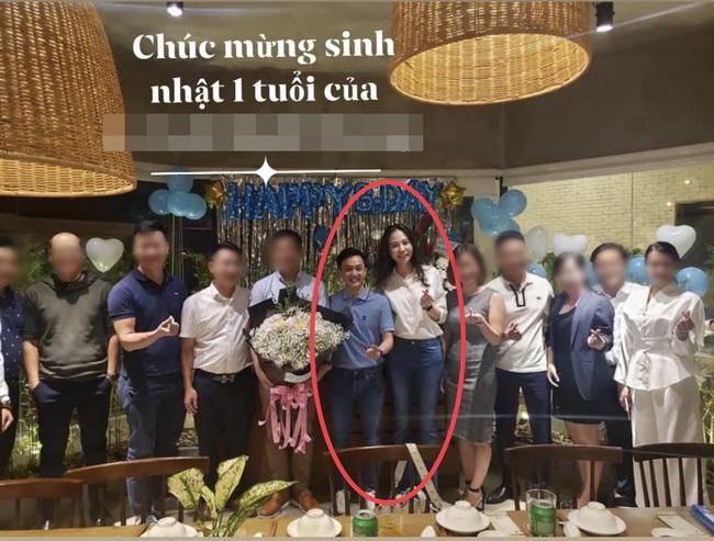 Rủ vợ chơi 'siêu xe' mới, Cường Đô La vô tình để lộ vóc dáng Đàm Thu Trang sau sinh