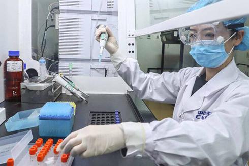 Trung Quốc tạm dừng nhập cảnh với công dân nước ngoài để ngăn dịch Covid-19