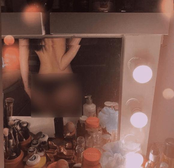 Sĩ Thanh tung ảnh bán nude