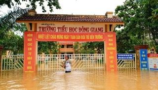 Học sinh các cấp ở Quảng Trị tiếp tục nghỉ học do mưa lũ