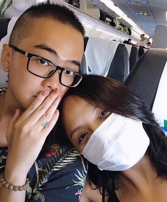 Thu Quỳnh thân mật cùng bạn trai trong tiệc sinh nhật con gái Nguyệt Hằng