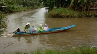 Một số huyện ở Cà Mau cho học sinh nghỉ học do mưa lớn kéo dài