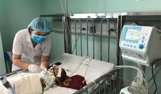 Số trẻ mắc virus hô hấp hợp bào nhập viện tăng đột biến