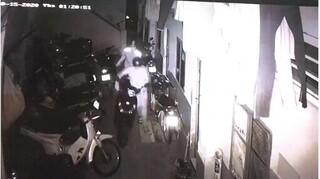 Nhóm trộm đột nhập dãy trọ trong đêm, lấy một lúc 5 xe máy