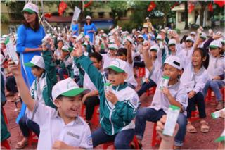 Tỉnh Hà Nam phát động 'Chương trình sữa học đường' năm học 2020-2021