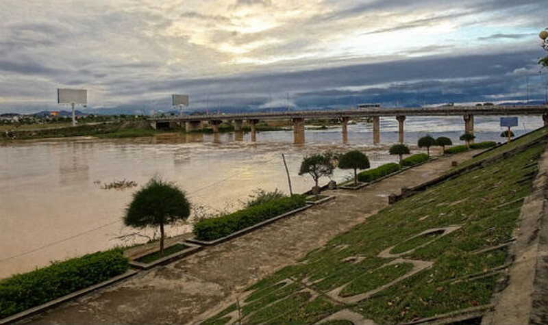 Kon Tum: Nghi án nữ sinh 17 tuổi nhảy sông tự tử