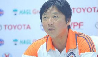 HLV Lê Huỳnh Đức không phục trận thua DNH Nam Định