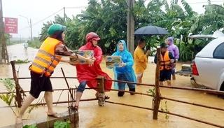 Mỹ viện trợ Việt Nam 100 nghìn USD ứng phó bão số 6