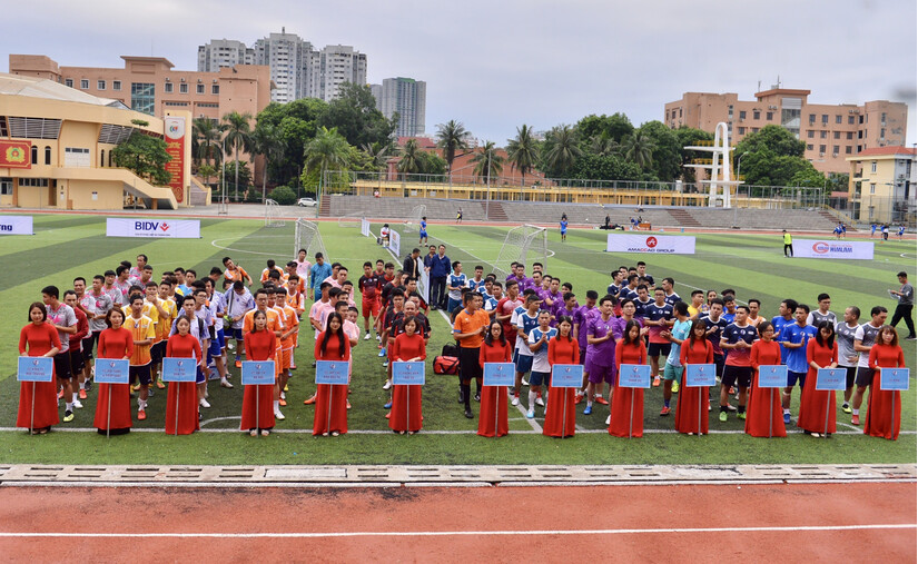 Ấn tượng Lễ khai mạc Giải bóng đá Kinh tế Môi trường lần I-2020.1