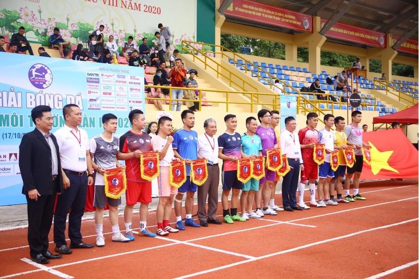 Ấn tượng Lễ khai mạc Giải bóng đá Kinh tế Môi trường lần I-2020.5