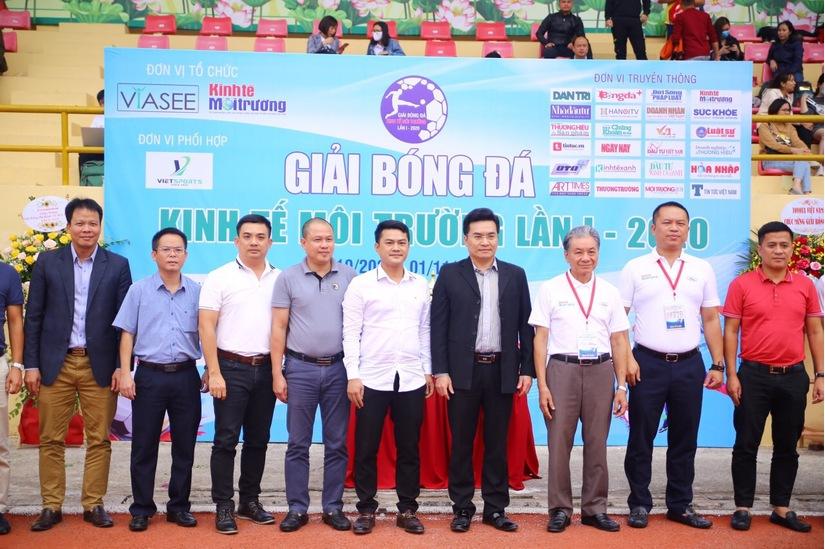 Ấn tượng Lễ khai mạc Giải bóng đá Kinh tế Môi trường lần I-2020.9