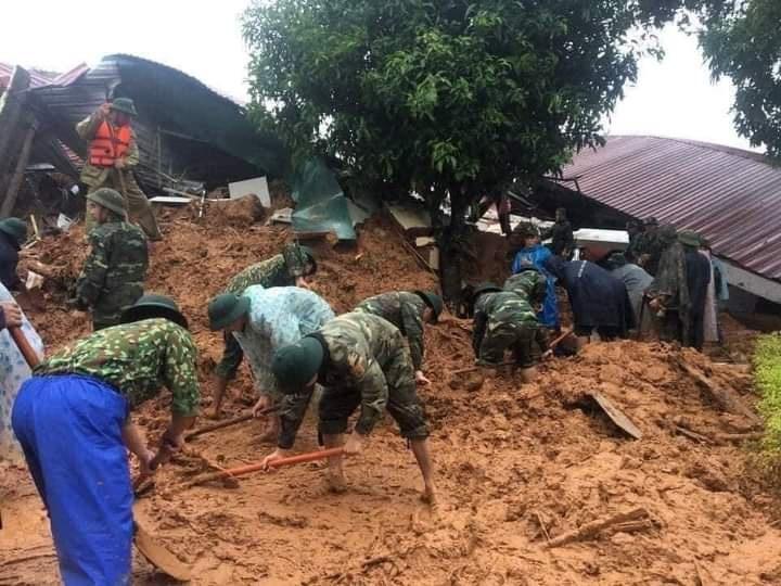 Sẵn sàng đưa máy bay đến ứng cứu vụ sạt lở vùi lấp 22 chiến sĩ ở Quảng Trị