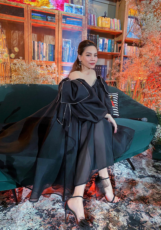 Tranh thủ hẹn hò Kim Lý, vóc dáng cuối thai kỳ của Hà Hồ khiến nhiều người ngỡ ngàng