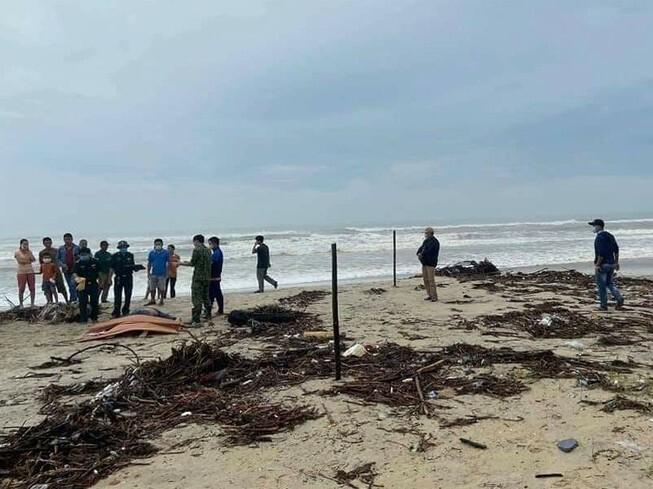 Thi thể người nước ngoài mất tích nhiều ngày dạt vào bờ biển Quảng Nam