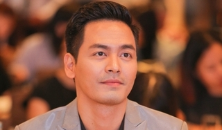 MC Phan Anh âm thầm trao 500 suất quà cho người dân vùng lũ ở Huế