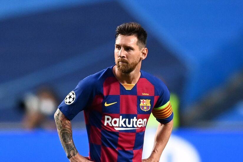 Messi và đồng đội tiếp tục phản đối cách làm của Barca