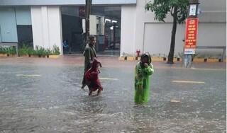 Sáng nay, học sinh ở Hà Tĩnh nghỉ học tránh mưa lũ