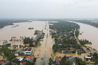 Quốc lộ qua Quảng Bình ngập sâu, khuyến cáo các phương tiện dừng di chuyển