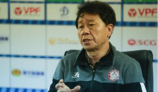 HLV Chung Hae Seong tiết lộ về bản hợp đồng với tiền đạo Costa Rica