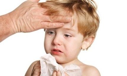Cha mẹ cần chú ý những căn bệnh trẻ nhỏ thường mắc phải khi giao mùa