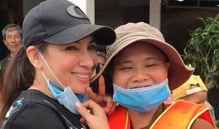 Phi Nhung phản ứng gay gắt khi bị chỉ trích tươi cười khi đi làm từ thiện