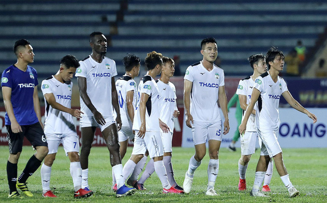 HAGL thua tan nát Than Quảng Ninh trên sân của đối thủ