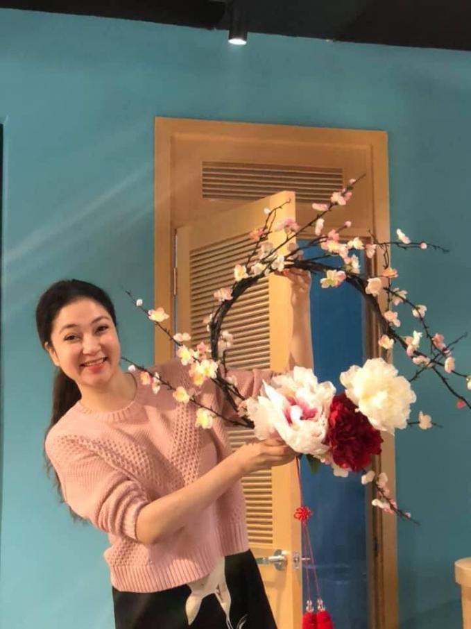 Nghệ sĩ Hoài Linh nhận được 200 triệu đồng cứu trợ miền Trung chỉ sau 2 tiếng phát động